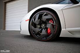 lamborghini aventador wheels lamborghini aventador pirelli edition staying true to gloss black