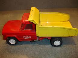 red toy jeep old vtg antique pressed steel tonka toy jeep dump truck made in