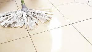 nettoyer carrelage cuisine nettoyer le carrelage de la cuisine en céramique ou en faïence