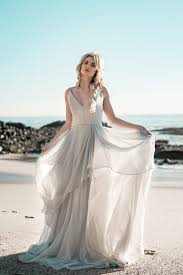wedding dresses and gowns bridal shops lovely bride
