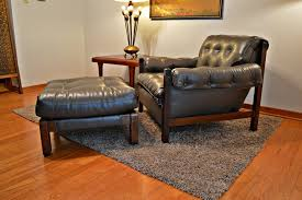 Big Chair And Ottoman by Top Overstuffed Chair And Ottoman Best Overstuffed Chair And