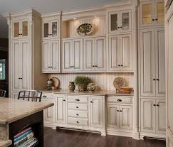 Kitchen Cabinet Hardware Ideas To Bring Your Dream Kitchen Into - Kitchen cabinets hardware ideas