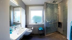 kosten badezimmer renovierung das bad renovieren modernisierung für jedes budget bauen de