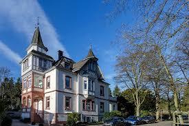 Immobilienmakler Haus Kaufen Ihr Taunus Makler Fuer Den Sicheren Verkauf Ihrer Immobilie Haus