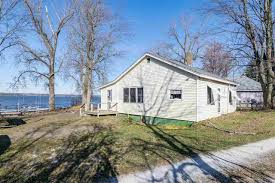 vermont cottage vermont waterfront property in swanton lake champlain st albans
