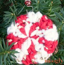 peppermint flash ornament allfreecrochet com