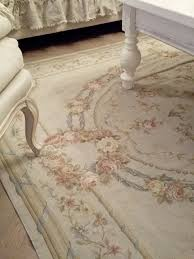 i would love to find a old beautiful carpet like this for my