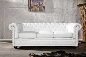 canapes chesterfield canapé chesterfield cuir blanc recherche meubles design