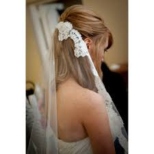 hairstyles with mantilla veil mantilla bridal veil romantic wedding hair accessories lace