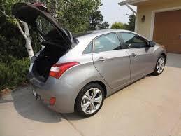 hyundai elantra gt cargo space gt hyundai elantra adds roomier hatchback for 2013 the