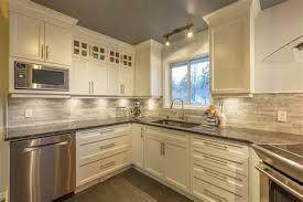 tele cuisine cuisine taupe et gris 14 grand meuble tele en bois massif