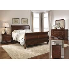 sleigh bedroom set queen liberty furniture carriage court 5 piece queen sleigh bedroom set