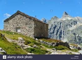 col house dilapidated stone house at the great st bernard pass col du
