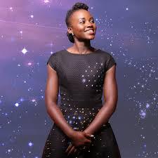 zac posen light up gown lupita nyongo wears light up led dress by zac zac posen to star