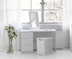 Lighted Vanity Table With Mirror And Bench Furniture Small Wood Makeup Vanity Table With Lighted Mirrorwhite