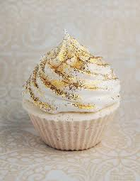 where to buy edible glitter the 25 best gold cupcakes ideas on glitter cupcakes