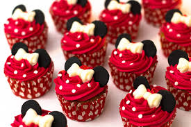minnie mouse cupcakes how to make minnie mouse cupcakes sunday baking