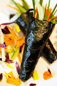sushi takes center stage at kona cafe at disney u0027s polynesian