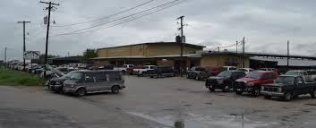 Texas Sale Barn Gonzales Livestock Market Inc Cow Calf Cattle Auction
