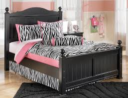 jaidyn full size poster bed by signature design tenpenny furniture
