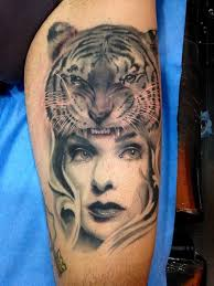 tiger and black and grey leg healed by jose