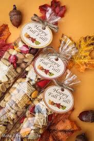 fall trail mix goodie bags diy thanksgiving