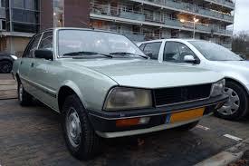 peugeot 505 coupe in het wild peugeot 505 autonieuws autoweek nl