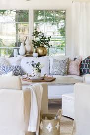 Tips For Mixing Throw Pillows In The Living Room Satori Design - Decorative pillows living room