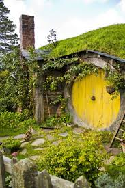 9 best underground havens images on pinterest hobbit home a hobbit house and a calico kitty hobbiton new zealand on picturesque private farmland near matamata new zealand you can visit the hobbiton movie set