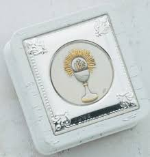 catholic communion gifts 99 best 1st communion gifts ideas images on