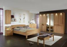 möbel schlafzimmer komplett tolles schlafzimmer mit zahlreichem zubehör und vielen möbeln