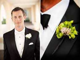 wedding boutonniere wedding planning 101 how to pin on a boutonniere junebug weddings