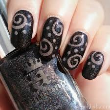35 stylish spiral nail art designs