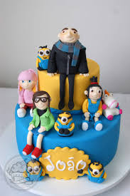 despicable me cake topper despicable me cake with gumpaste cake toppers things we make