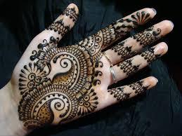 small paisleys henna design ameliahennadesigner