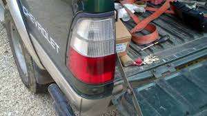 how to change the rear lights on a isuzu tf pickup youtube