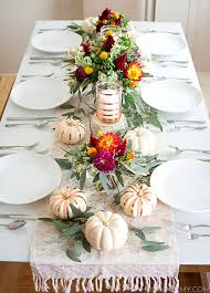 table decoration for thanksgiving 16 easy diy thanksgiving table décor ideas thegoodstuff