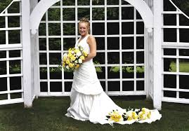 chesters flowers yellow and grey wedding at hart s hill inn