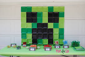 How To Make Decorations In Minecraft Minecraft Party Decoration Ideas And Downloadable Printables