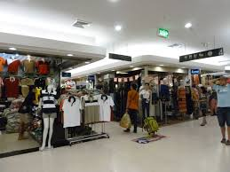 day 2 shopping platinum fashion mall within budget