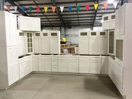 kitchen cabinet auction auction kitchen cabinets kitchen cabinet sets vin home