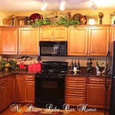 Ideas For Decorating Kitchen Walls Best 25 Above Kitchen Cabinets Ideas On Pinterest Closed