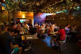 bars sydney best rooftop bars laneway cocktail bars sydney