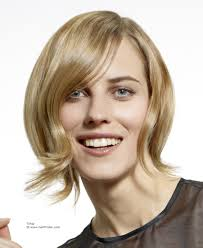 layered flip hairstyles sleek short hairstyle with an outward flip that lengthens the face