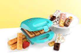 baby cakes maker babycakes mini waffle stick maker everythingkitchens