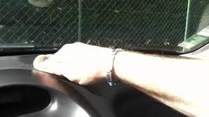 comment nettoyer des si es de voiture nettoyer le tableau de bord de votre voiture astuce auto