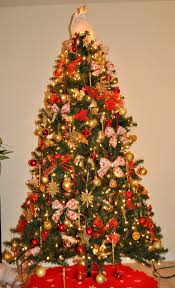 Elegant Christmas Tree Decorating Ideas 2013 by Red And Gold Decorated Christmas Tree Ideas Design Ideas Classy