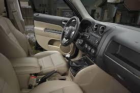 jeep patriot 2010 interior 2011 jeep patriot gets minor updates ultimate car blog