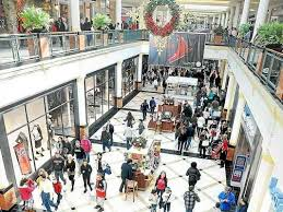 shoppers brave black friday at king of prussia mall