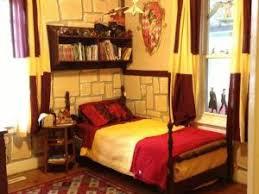 harry potter et la chambre décoration thème harry potter pour chambres de sorciers par